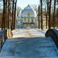 Дорога к павильону Эрмитаж... :: Sergey Gordoff