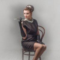 Девушка с мундштуком :: Олег Дроздов