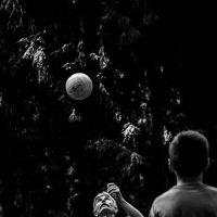 Застывший мяч. :: Борис Исаев