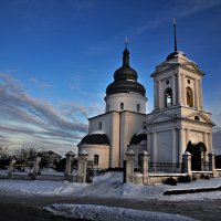 В лучах уходящего солнца... :: Александр Бойко