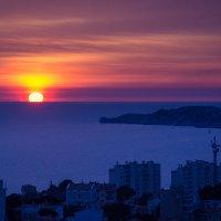 Закат в Марселе :: Наталия
