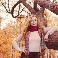 Осенняя прогулка :: Tatyana Smit