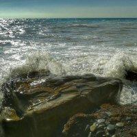 Вода камень точит... :: Игорь Карпенко