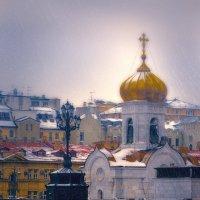 А в московском небе хмурились дела, На её спине сияли купола :: Alent Vink