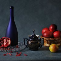 Натюрморт с фруктами :: Виктор Берёзкин
