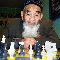 На шахматном турнире :: Вячеслав Платонов