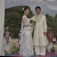 Жених и невеста. Bride and groom. :: Юрий Воронов