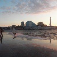 Море волнуется, пять... :: Регина Пупач