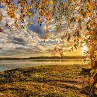 Осенний рассвет :: Наталия Горюнова