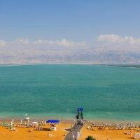Вид на берег Иордании днем в январе :: Сергей К