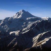 Казбек 5033,8 м. от уровня моря. :: Nik Зонов