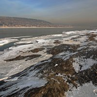Обмелела река,оголив берега... :: Александр Попов