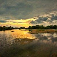 Река на закате :: Валерий Талашов