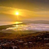 Рассвет на озере Чокрак :: Александр Березуцкий (nevant60)