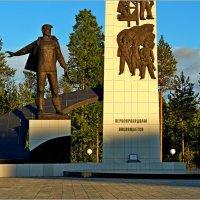 Северные города.ГУБКИНСКИЙ :: Аркадий Иваковский