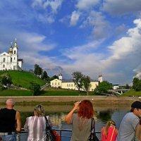 По левому борту - Витебск! :: Vladimir Semenchukov