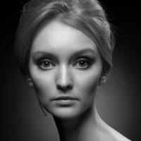 Портрет незнакомки :: Юлия Холодкова