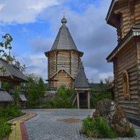 Подворье Трифонов Печенгского мужского монастыря в г. Мурманске. :: kolin marsh