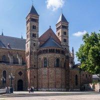 Базилика Св, Серватия, Маастрихт, Голландия :: Witalij Loewin