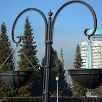 В сквере выше площади Республики, г. Алма-Ата :: Асылбек Айманов