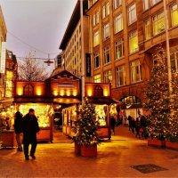 Вечерний Гамбург перед Рождеством (серия). Рождественский базар :: Nina Yudicheva