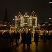 Вечерний Гамбург перед Рождеством (серия). Символ Гамбурга :: Nina Yudicheva
