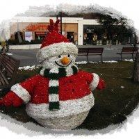 Веселый снеговичок :: Людмила