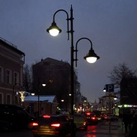 Вечерний город :: Андрей Лукьянов