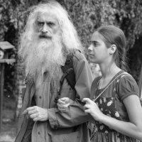Дедушка и внучка :: Наталия