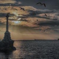 Вечер в Севастополе :: Виктор Мороз