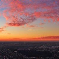 Закат над любимым городом :: Евгений (bugay) Суетинов