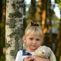 Крошка с зайкой :: Татьяна