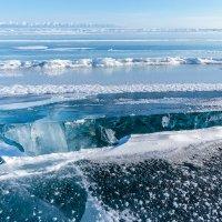 Ледовые просторы зимнего Байкала. :: Slava Sh