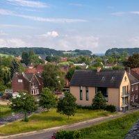 Вид из замка на бельгийскую деревню :: Witalij Loewin