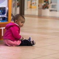Купите куклу, и вам за это, ниичего не будет:))) :: Игорь Карась