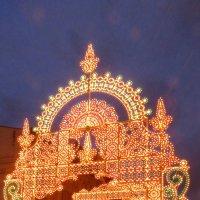 Никольская улица готова к встрече Нового года :: Андрей Лукьянов