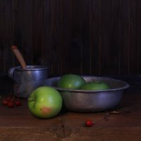 Про  яблоки :: Наталья Казанцева
