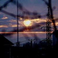 утомленное  солнце :: Александр Корчемный