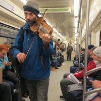 семь сорок в метро :: Михаил Зобов