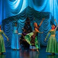 Новый год идет с востока! :: Андрей Lyz