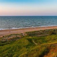 Вечерний пейзаж на Азовском море :: Алексей Лейба