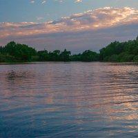Вечер на озеро Усовье :: Александр Березуцкий (nevant60)