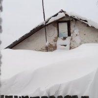 НазваниеСнежные заносы в Новосибирске.Сегодня утром вид из моих окон. :: Оксана Бригеман