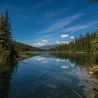 Первое озеро :: Константин Шабалин