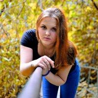 Девушка на мосту :: Георгий Харитонов