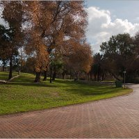 В парке осень - 3 :: Lmark