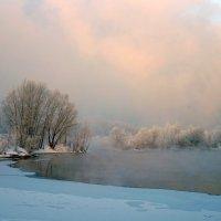 Вечер на замерзающей протоке Енисея :: Екатерина Торганская