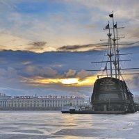 Холодное солнце северной столицы :: Алексей Михалев