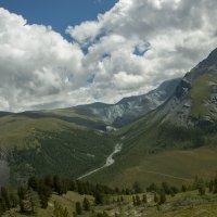 там внизу-долина Ярлу :: Ларико Ильющенко