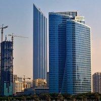 Высотки Абу Даби. :: Валентина Потулова